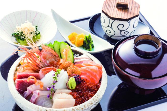 Kaisen Don (Assorted sashimi on rice)